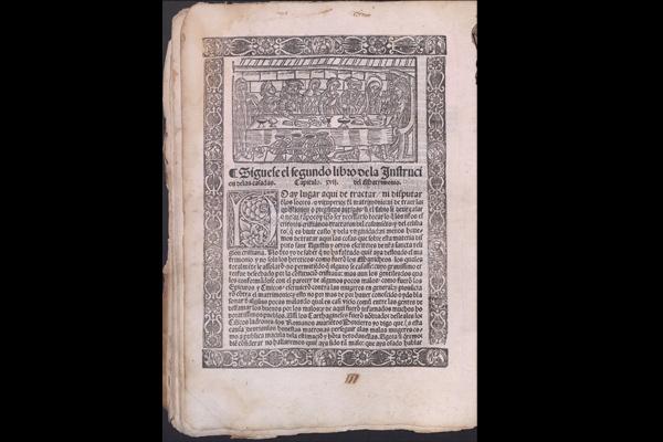 Aunque no conserva la portada se mantienen en perfecto estado las 100 hojas del libro.