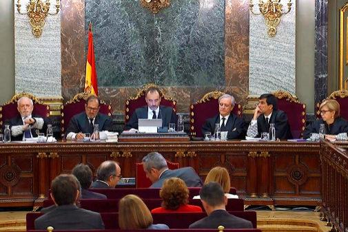 El tribunal del 1-O durante la última sesión del juicio