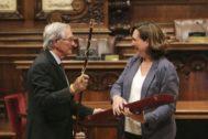 Xavier Trias recibe este miércoles el bastón de mando honorífico de manos de Ada Colau