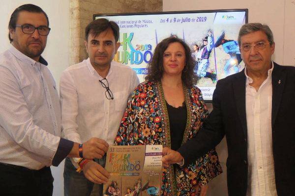 Los responsables de Folk del Mundo durante la presentación del festival.