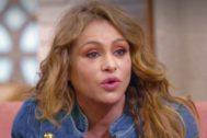 Paulina Rubio se emociona en La Voz Senior en Antena 3 al recordar a un miembro de su familia
