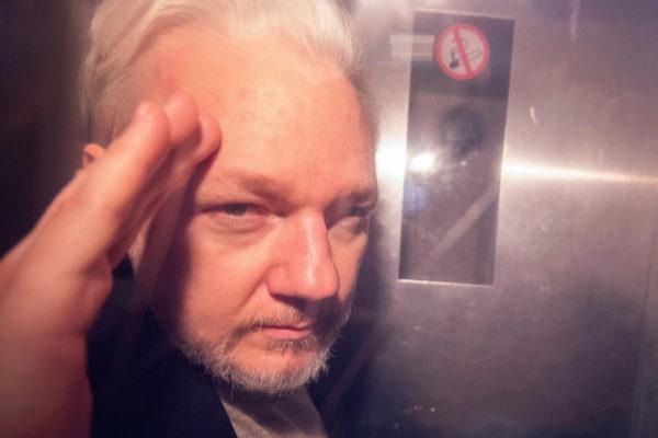 El fundador de WikiLeaks, Julian Assange, tras ser detenido en Londres.