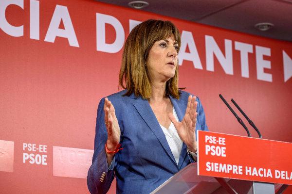 Izquierda Socialista rechaza el pacto del PSE con el PNV y se presenta a primarias