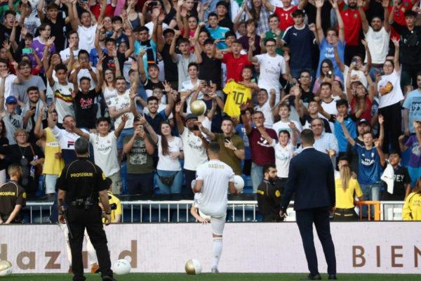La grada del Bernabéu, durante la presentación de Hazard.