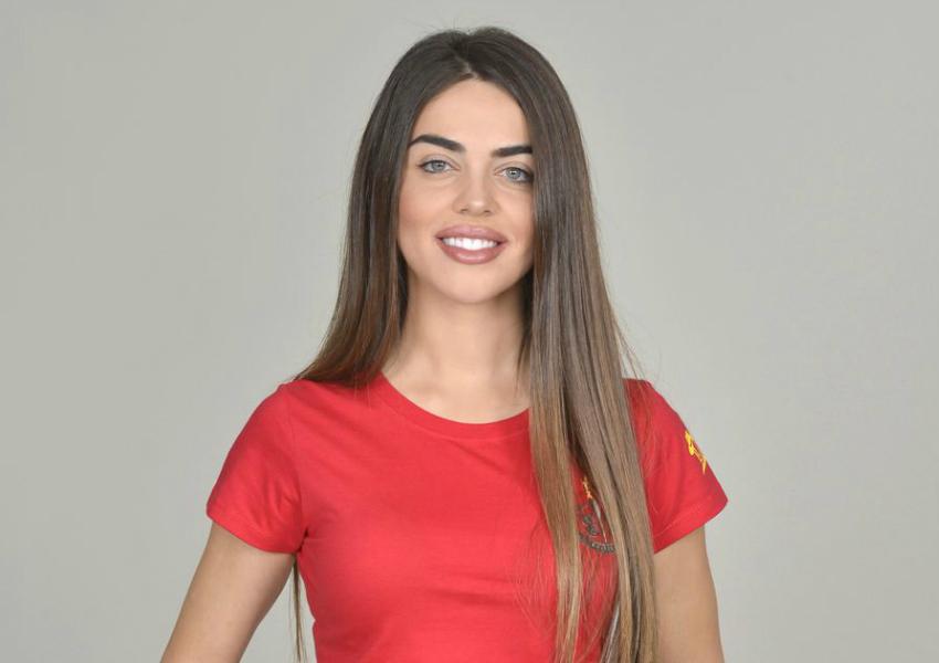 Violeta Mangriñán se ausentó durante la octava gala del 'reality' de Telecinco Supervivientes 2019 para ser atendida por el equipo médico tras sufrir una fuerte bajada de tensión.