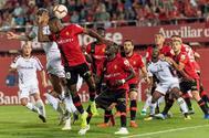 Un momento del partido entre el Real Mallorca y el Albacete.