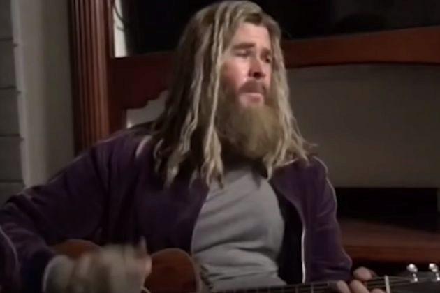 Chris Hemsworth como Thor en un vídeo que se ha hecho viral en las...