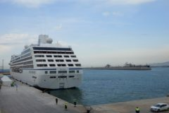 El crucero, este viernes, atracado en Castellón.