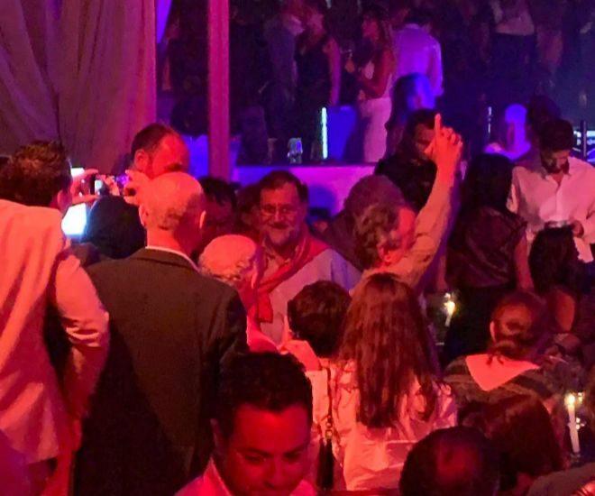 Mariano Rajoy, en la discoteca Lío en una fotografía exclusiva de LOC
