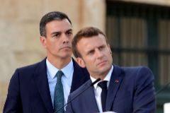 -FOTODELDIA- GRAF8482. LA VALETA.- El presidente del Gobierno en funciones de España, Pedro Sánchez (i), junto al presidente francés, Emmanuel <HIT>Macron</HIT> (d), durante la comparecencia conjunta de los siete líderes de la Cumbre MED7 del sur de Europa, ofrecida tras la reunión que han mantenido hoy dentro del marco de este encuentro celebrado hoy en La Valeta.