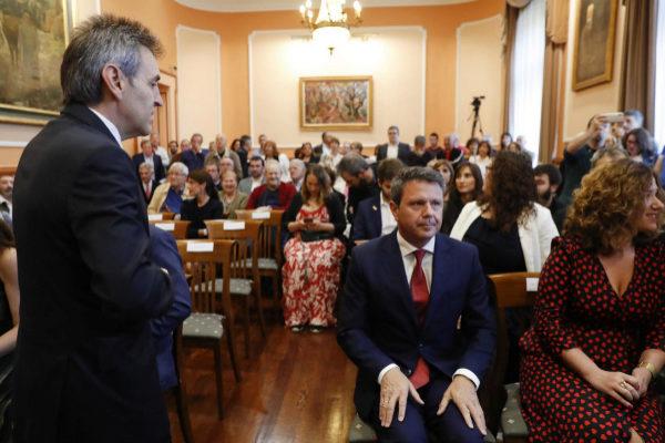 """Santano apela a la """"unión"""" tras el fallido intento de Iridoy de desbancarle de Irun"""