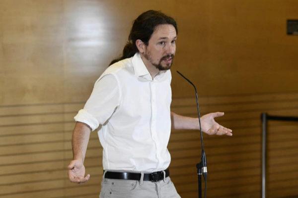 Pablo Iglesias, en rueda de prensa en el Congreso tras su reunión con Pedro Sánchez, el pasado día 11.
