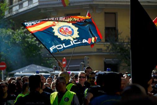 Una protesta de Jusapol frente a la sede del PSOE en Madrid.