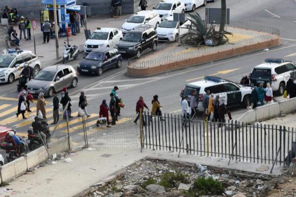 Uno de los pasos fronterizos entre Ceuta y Marruecos.