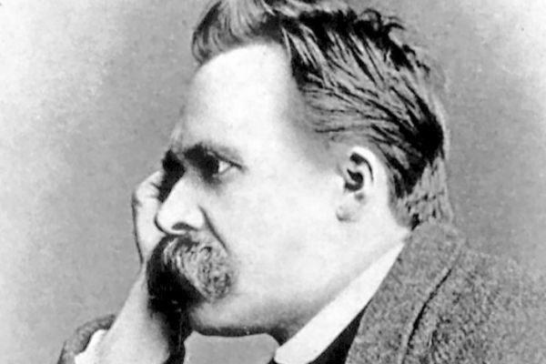 Nietzsche, uno de los pensadores contemporáneos más influyentes del siglo XIX.