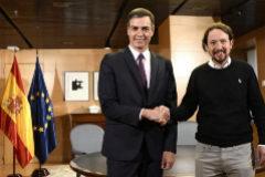 Pedro Sánchez y Pablo Iglesias, el pasado día 11, durante su reunión en el Congreso.
