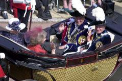 La historia de la Orden de la Jarretera que Isabel II impondrá a Felipe VI