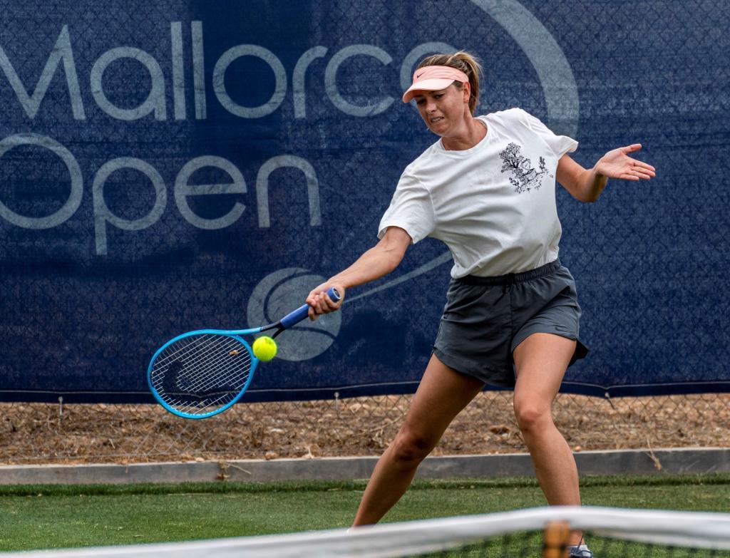 Maria Sharapova, en un reciente entrenamiento en Calviá.