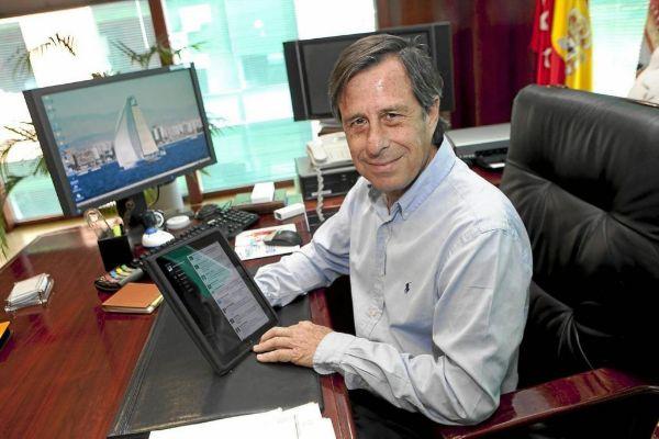 I. García Vinuesa, el alcalde desalojado.