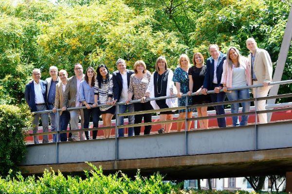 Foto del equipo de gobierno municipal de L'Hospitalet
