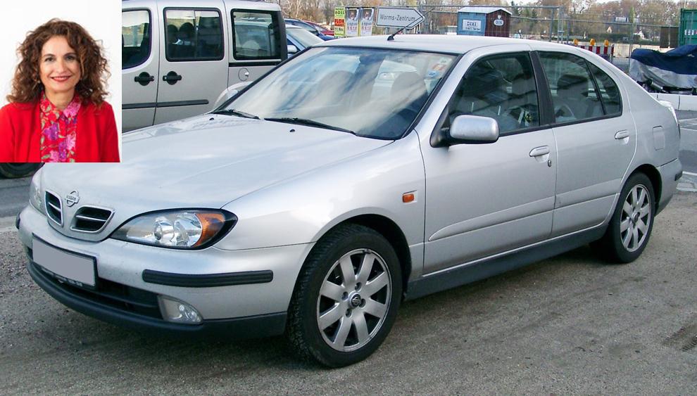 María Jesús Montero, ministra de Hacienda, declara tener un Nissan Primera del año 2000.