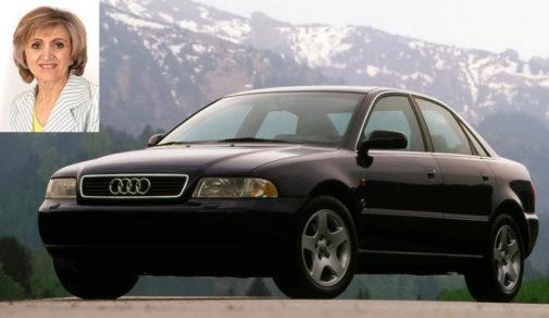 María Luisa Carcedo, ministra de Sanidad, declara tener un Audi A4 diésel de hace 21 años.