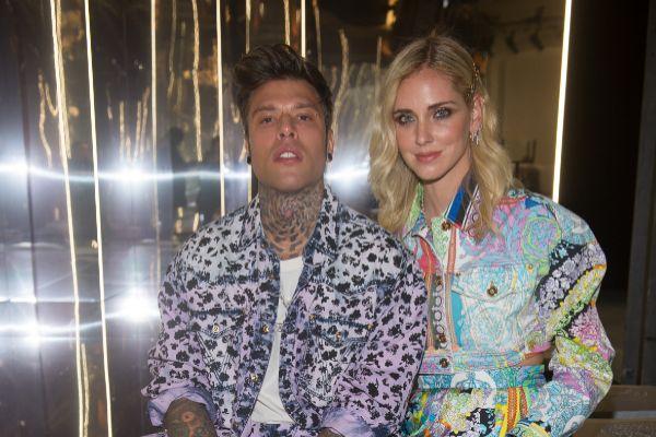 El cantante Fedez y Chiara Ferragni en la Fashion Week de Milán en mayo