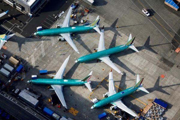Boeing 737 Max  aparcados en los hangares del fabricante en Renton (EEUU).