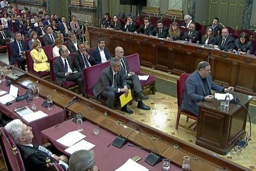 Los presos del 'procés' durante una sesión del juicio en el Supremo