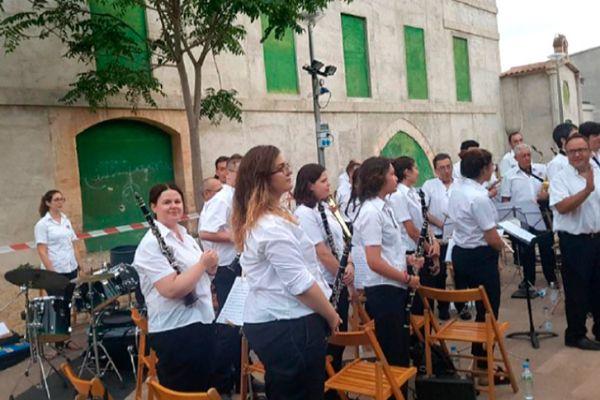 Banda de música  en el barrio del Vivero.