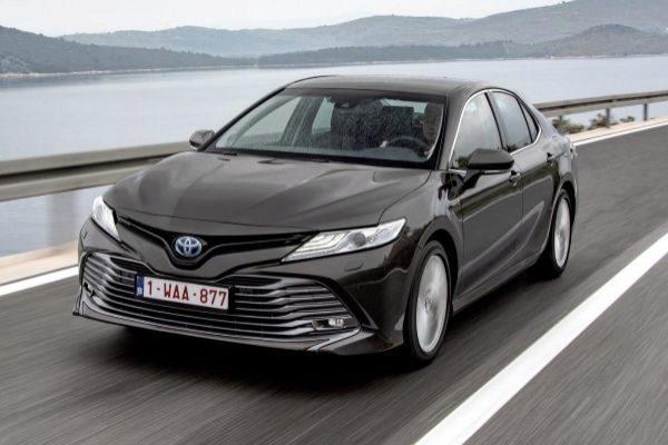 Toyota Camry hybrid: una espera de casi cuatro décadas