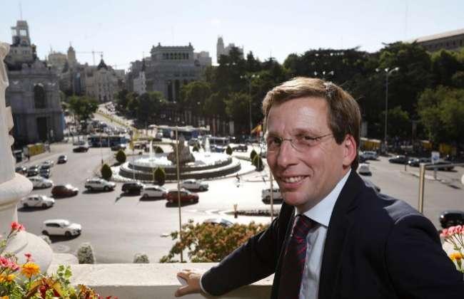 El alcalde de Madrid, Martínez-Almeida, en el Ayuntamiento.