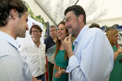 Eduardo Dolón, Juan de Dios Navarri, Fernando Llopis, Carolina Pascual, Luis Barcala y Araceli Poblador.