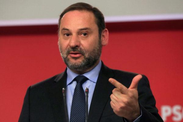 GRAF9746 MADRID, 17/6/2019.-El ministro de Fomento en funciones y...