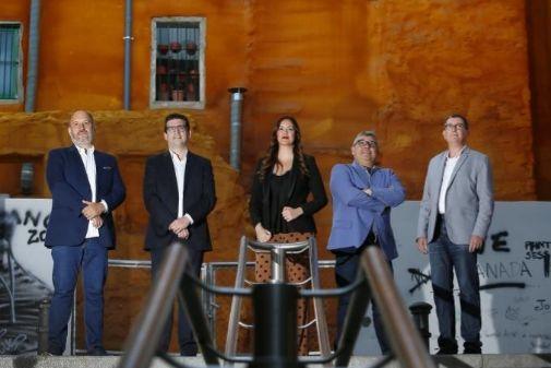 Los vicepresidentes Manuel García Alcaraz, Conrado Albaladejo, Elena García Caballero y Miguel Ángel Olivares con el secretario general José Espín.