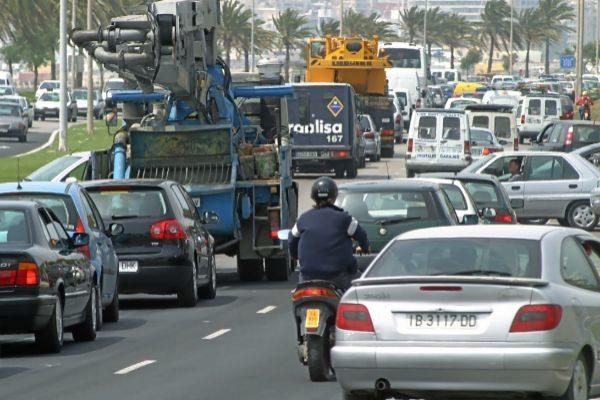 Vehículos circulando por la Vía de Cintura de Palma.