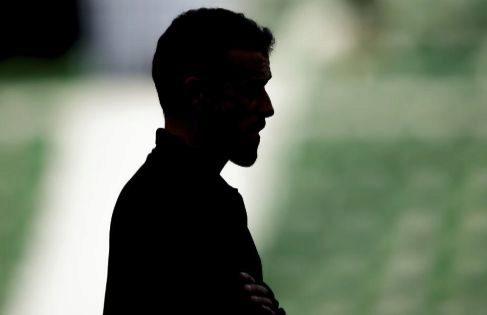 Los 32 días de silencio que fraguaron el relevo de Luis Enrique