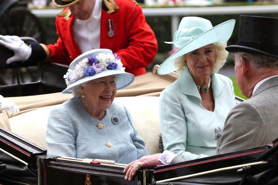 La Reina Isabel II y la duquesa de Cornualles - Ascot 2019