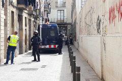Macrooperativo de Policía, Mossos y Guardia Urbana contra la red de narcopisos  del Raval de Barcelona