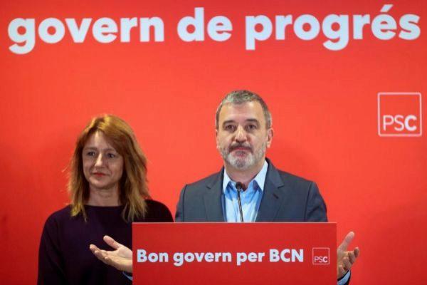 GRAF8507. BARCELONA.- El lider municipal del PSC Jaume Collboni , acompañado de la número dos de su candidatura <HIT>Laia</HIT> <HIT>Bonet</HIT>, atienden a los medios de comunicación para valorar los acuerdos alcanzados con Barcelona en Comú para que Ada Colau repita como alcaldesa de Barcelona..