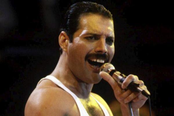 El líder de Queen, Freddie Mercury.