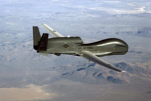 Dron RQ-4 Global Hawk estadounidense como el derribado por Irán.