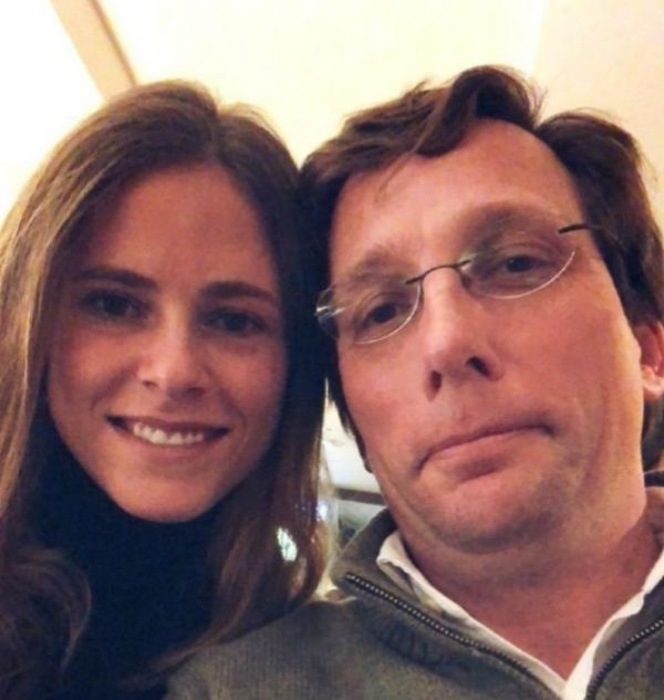 Beatriz Fanjul junto a José Luis Martínez-Almeida
