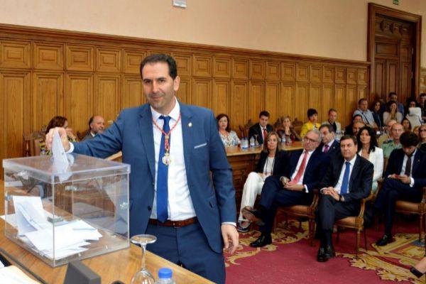 El alcalde de Palencia, Mario Simón, de Ciudadanos, el día de su elección.