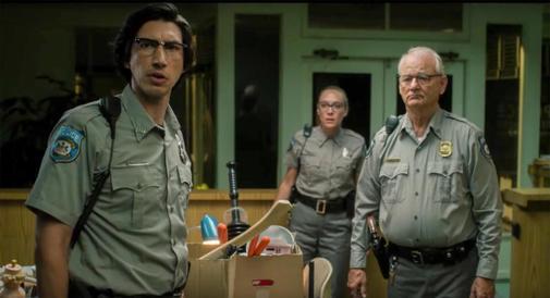 Adam Driver,  Chloë Sevigny y Bill Murray en 'Los muertos no mueren'.