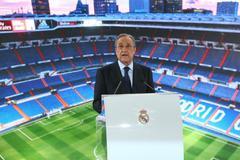 GRAF7960. MADRID.- El presidente del Real Madrid <HIT>Florentino</HIT> Pérez ofrece un discurso durante el acto de presentación del centrocampista belga Eden Hazard como nuevo jugador del club, esta tarde en el estadio Santiago Bernabéu, en Madrid.