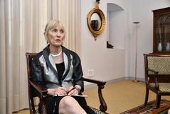 """Claudia Goldin: """"Es fundamental replantear el papel de los hombres en casa"""""""