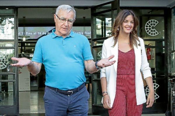 Ribó y Gómez en el inicio de las negociaciones en el Rialto.