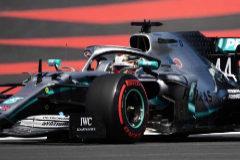 Hamilton desquicia a Bottas con otra 'pole' y Vettel sigue en la ruina