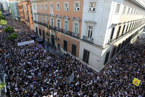 Concentración frente al Ministeiro de Justicia en junio de 2018 para protestar por la libertad bajo fianza de La Manada.